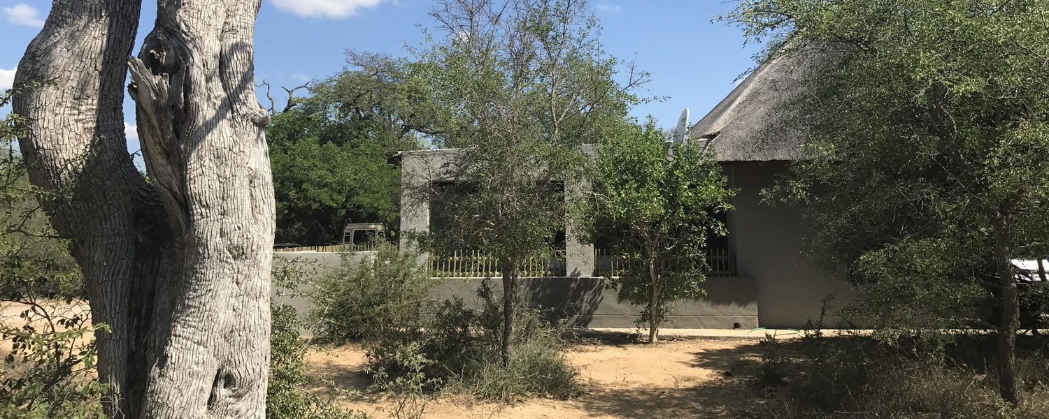 Self cater bushveld safari  Lodge 2