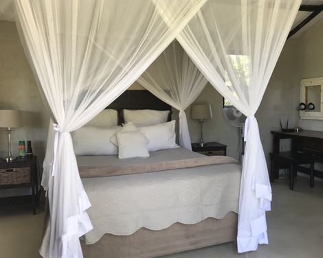 Natural Hues for the interior designs of our self cater safari bush lodges ,home from home